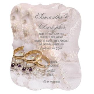Cartão Anéis de ouro no casamento do vestido das noivas
