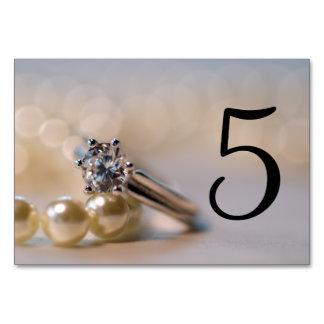 Cartão Anel de diamante e pérolas que Wedding números da