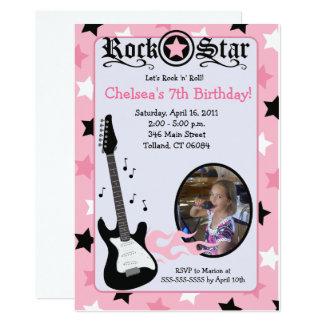 Cartão Aniversário cor-de-rosa 5x7 do *PHOTO* da guitarra