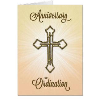 Cartão Aniversário da classificação, cruz em Starburst