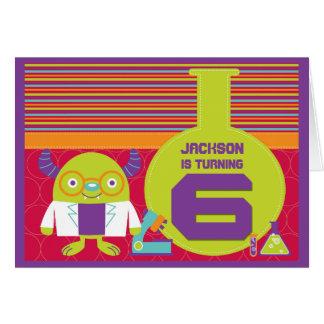 Cartão Aniversário do cientista louco colorido dos