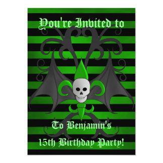 Cartão Aniversário do crânio do Dia das Bruxas