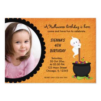 Cartão Aniversário do Dia das Bruxas do fantasma