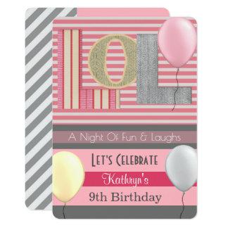 Cartão Aniversário do partido de descanso da menina do