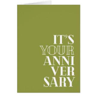 """Cartão Aniversário engraçado, """"parabéns?"""" tipo do Serif"""