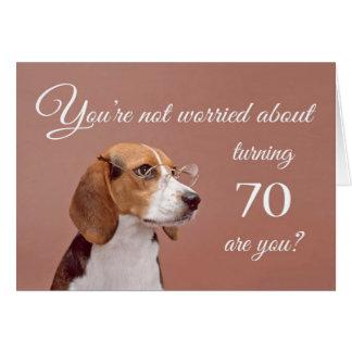 Cartão Aniversário feliz do 70, lebreiro preocupado