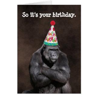 Cartão Aniversário mal-humorado de Yay do gorila