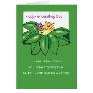 Cartão Aniversário no dia de Groundhog com verde das
