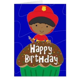 Cartão Aniversário para o menino - sapador-bombeiro