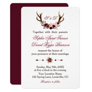 Cartão Antlers florais de Borgonha Marsala que Wedding o