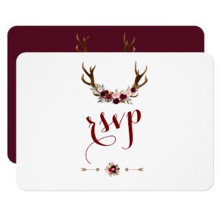 Cartão Antlers florais rústicos chiques RSVP de Borgonha