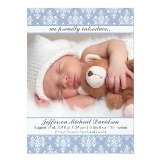 Cartão Anúncios azuis do nascimento do bebé do damasco