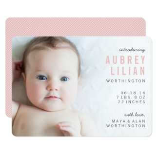 Cartão Anúncios modernos simples do nascimento da menina