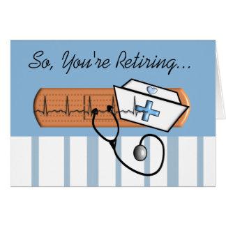 Cartão aposentado engraçado da enfermeira