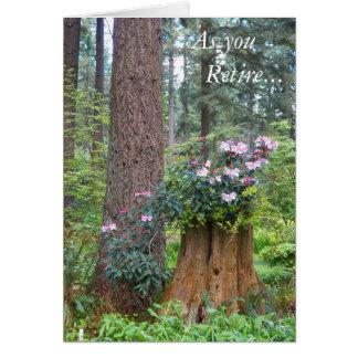 Cartão Aposentadoria floral dos rododendros da floresta