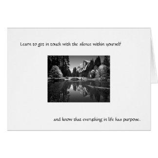 Cartão Aprenda obter em contacto com o silêncio…