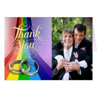 Cartão Arco-íris alegre e anéis que Wedding o obrigado