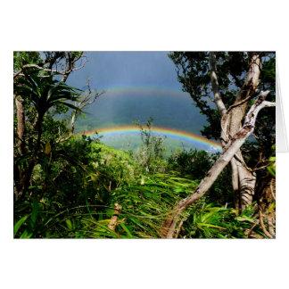 Cartão Arco-íris dobro sobre o vale de Manoa