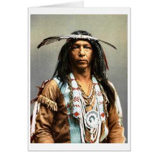 Cartão Arrowmaker, um Ojibwa bravo, 1903