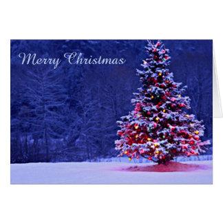 Cartão Árvore de Natal coberto de neve