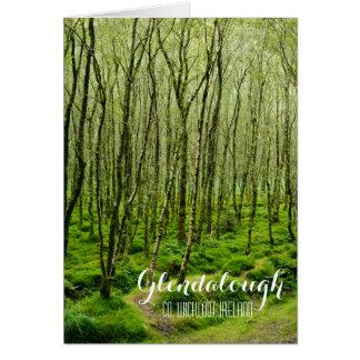Cartão Árvores Mossy em Glendalough