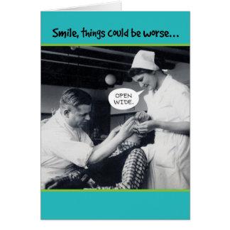 Cartão as coisas do dentista dos anos 40 podiam ser um