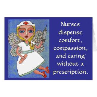 Cartão As enfermeiras dispensam o conforto, piedade… -