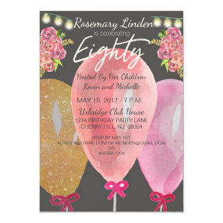 Cartão as flores e as luzes de balões do aniversário do