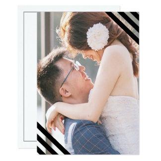 Cartão As listras litorais do preto do casamento