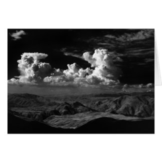 Cartão As nuvens sobre o Anza-Borrego abandonam, CA 1966