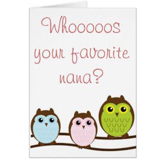 "Cartão Avó colorida de ""Nana"" da coruja dos netos"