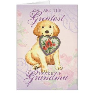 Cartão Avó do coração do golden retriever