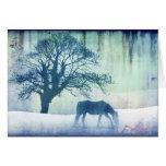 Cartão azul do feriado do Natal do cavalo da neve
