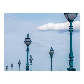 Cartão azul dos lampposts