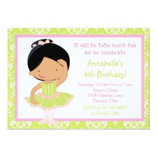 Cartão Bailarina bonito do afro-americano e damasco verde