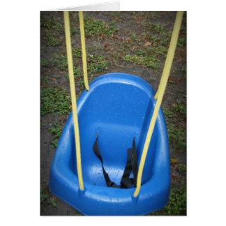 Cartão Balanço do bebê no swingset, azul com cordas