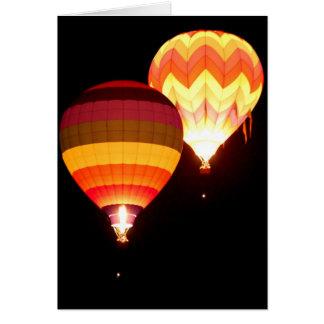 Cartão Balões de ar quente na noite