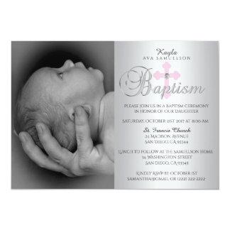 Cartão Baptismo transversal cor-de-rosa de prata lindo da