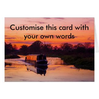 Cartão Barco estreito no por do sol