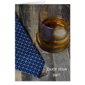 Cartão Bebida do uísque do aniversário