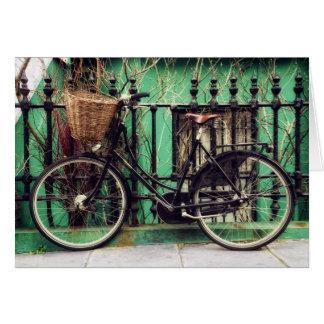 Cartão Bicicleta em repouso