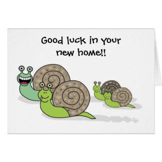 Cartão Boa sorte em seus caracóis novos da casa/casa