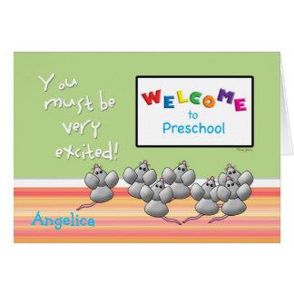 Cartão Boa vinda ao pré-escolar do conselho ESPERTO dos