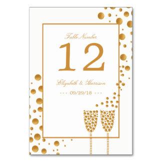 Cartão Bolhas de Champagne do ouro que Wedding a mesa não