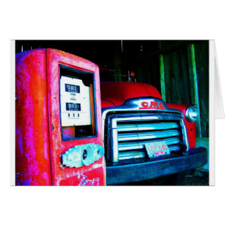 Cartão Bomba & GMC de gás velha que cultivam o caminhão