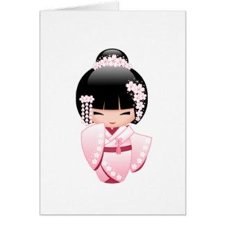 Cartão Boneca branca de Kokeshi do quimono - menina de