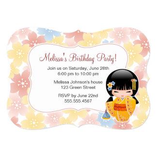 Cartão Boneca de Kokeshi do verão - festa de aniversário