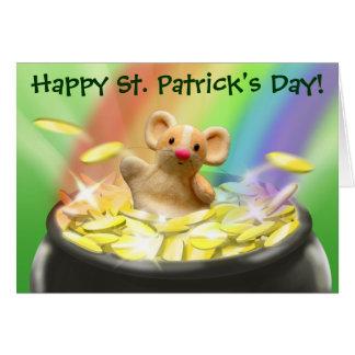 Cartão bonito do dia de St Patrick do rato