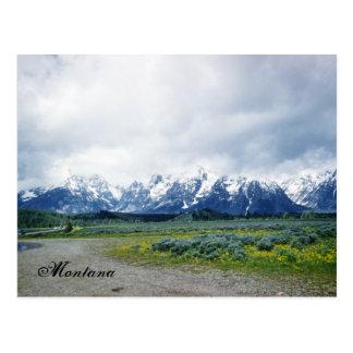 Cartão bonito dos anos 50 da paisagem das colinas