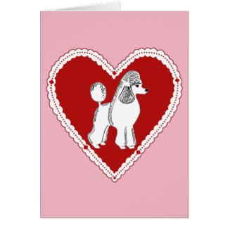 Cartão branco rosa vermelha do amor da caniche